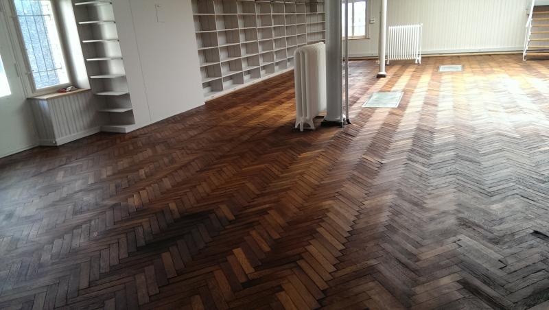 teppich auf eiche parkett schlafzimmer teppich oder parkett im tep fliesen artisan collection. Black Bedroom Furniture Sets. Home Design Ideas