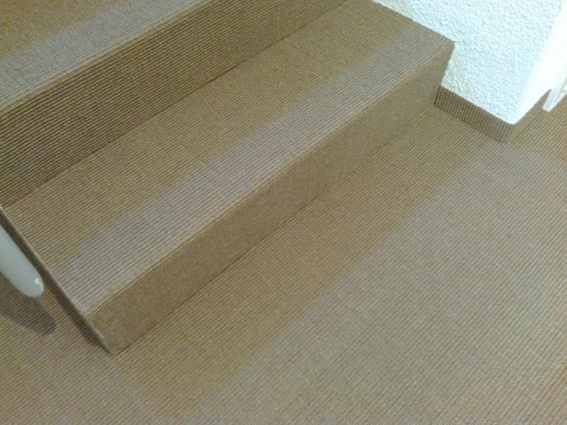 kinderzimmer laminat oder kork die qual der wahl beim fu bodenbelag. Black Bedroom Furniture Sets. Home Design Ideas