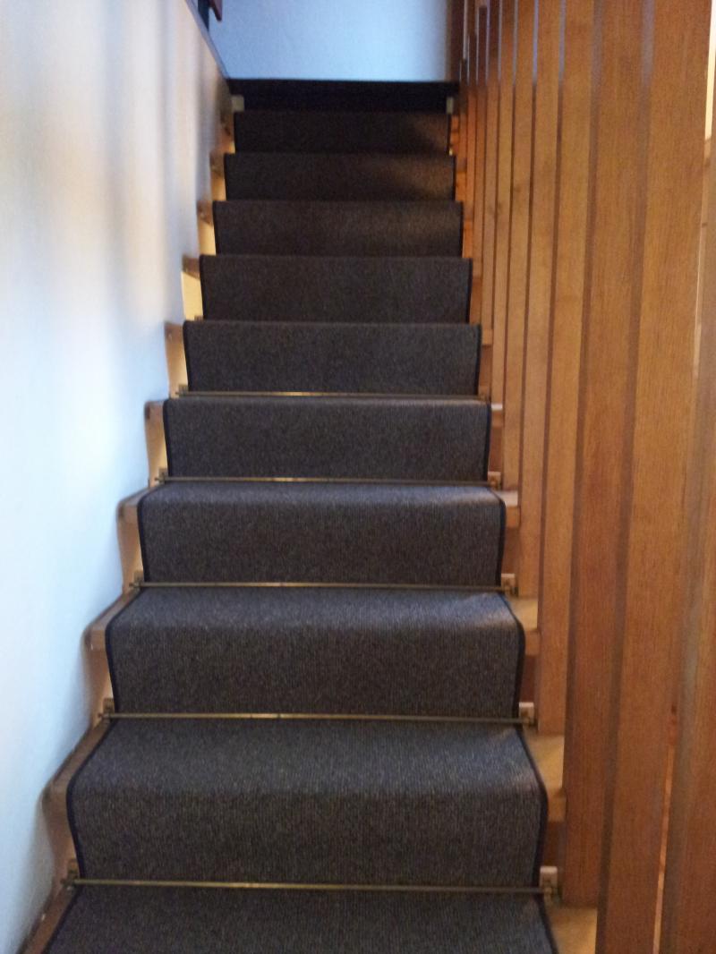 teppich asbest 07562720171028. Black Bedroom Furniture Sets. Home Design Ideas